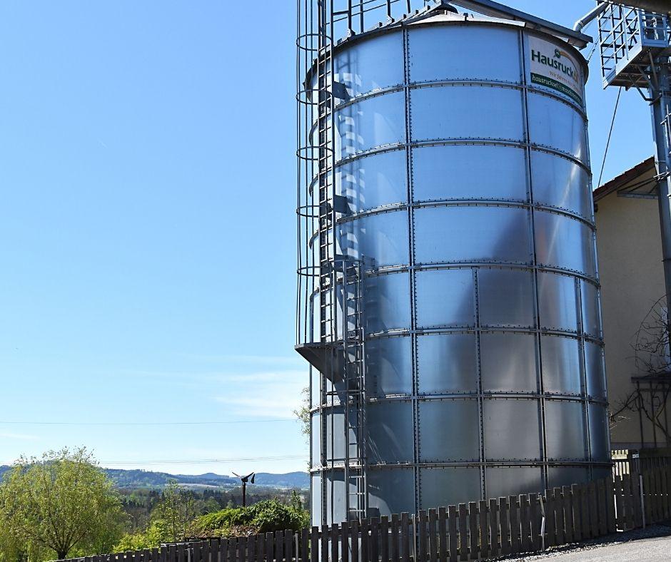 Maschinenring-Ölmühle im malerischen Hausruckviertel
