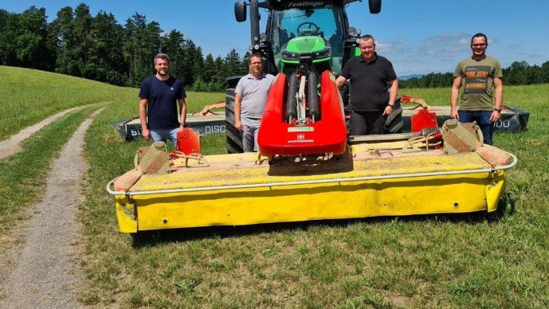 v.l.n.r. Markus Schwaiger (MR OÖ), Bernd Klamminger (geo-konzept), Bernhard Himmelbauer (Landwirt) und Johannes Hintringer (MR OÖ). Heute viel der Startschuss für das CTF-Projekt im Grünland.